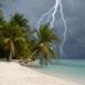 Plage sous l'orage