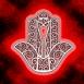 Main de Fatima sur fond rouge